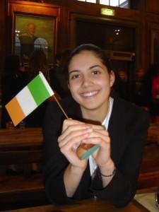 In 2007 deed ik voor het eerst mee aan een MUN, in Engeland. Ik was de ambassadeur van Ierland.